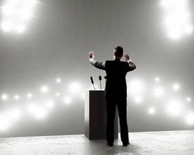 How to Communicate Efficiently with Guest Speakers at Events